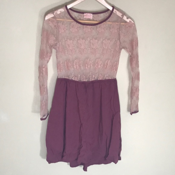 Audrey 3+1 Dresses & Skirts - Audrey 3+1 lace dress mauve color